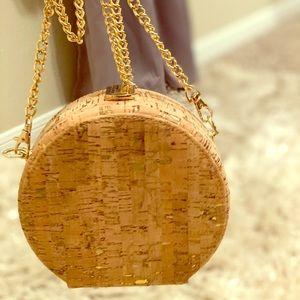 Round, cork purse w/ gold chain